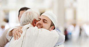 muslim-arabic-brothers-hug